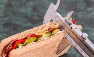 Lieko kaloriju ir vienīgais veids, kā jūs iegūt tauku